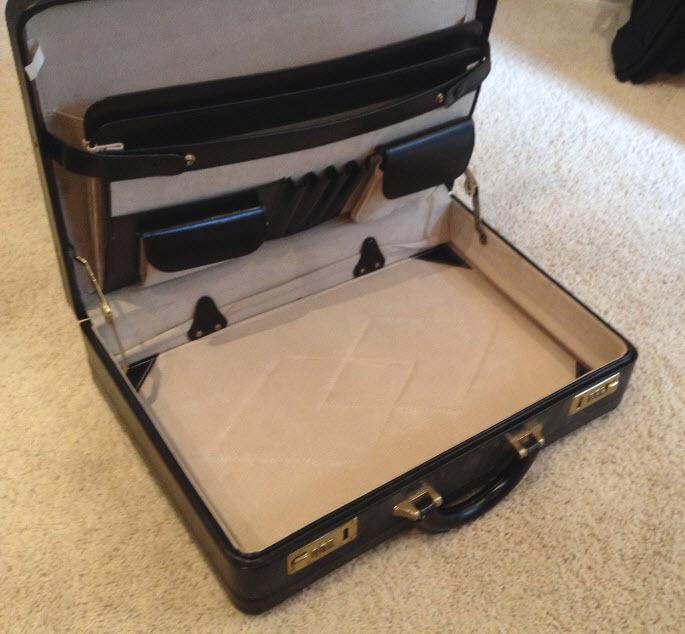 Cash-Briefcase