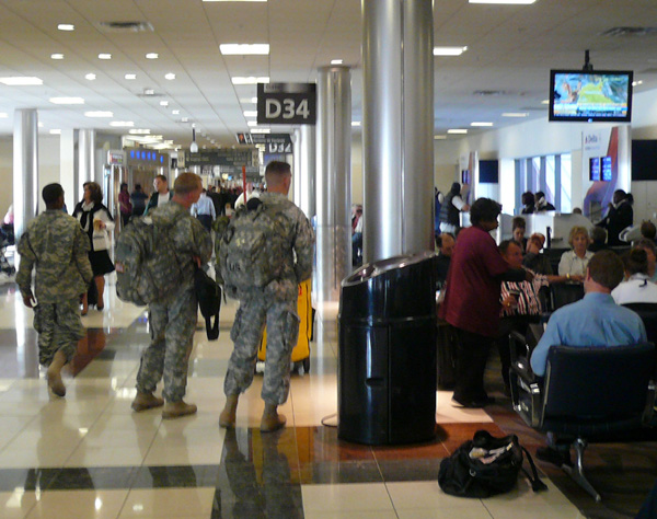 PicForWebsiteApril2007AtlantaAirport